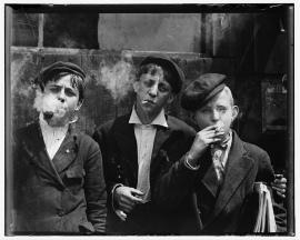 Lewis Hine, Skeeters Branch Newsies, 1910