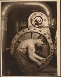Lewis Hine, Steamfitter, 1909